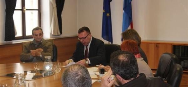 Župan Kolić i predstavnici lovoovlaštenika potpisali ugovore o sufinanciranju troškova razvoja i unapređenje lova za 2014.g.