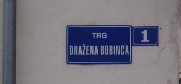 Trg Dražena Bobinca dobio svoju natpisnu ploču