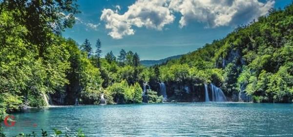 NP Plitvička jezera prima djelatnike u radni odnos na određeno vrijeme