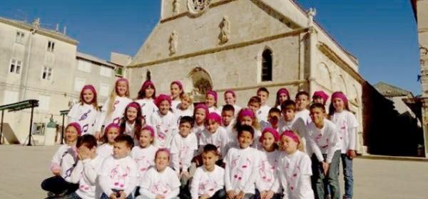 Paški zbor Vijolice - u Otočcu 31. kolovoza
