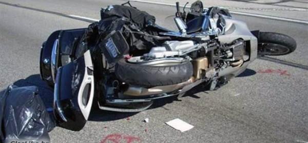 U Maloj Crniki sudar automobila i motora