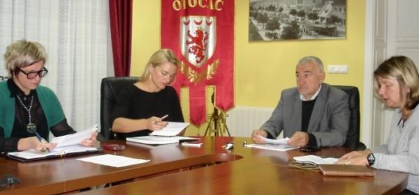 Održana sjednica Povjerenstva za strateško planiranje u turizmu Grada Otočca