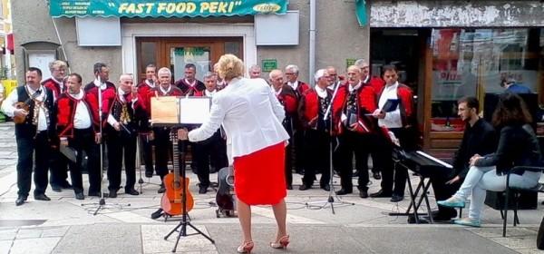 "Koncert na otvorenom Muškog pjevačkog zbora ""Sveti Mihovil"" iz Šibenika"