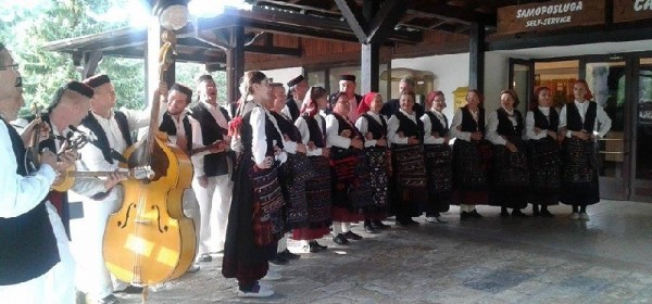 Pljesak plitvičkih gostiju za Sinčerane