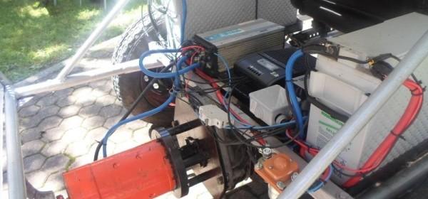 Prezentiran solarni električni automobil gospićkih srednjoškolaca