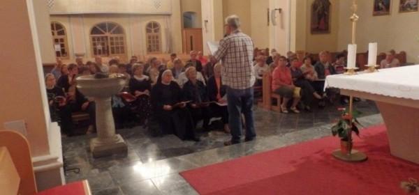 Održana generalna proba udruženog zbora biskupije za Udbinu