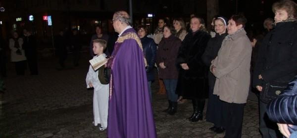 Upaljena i posljednja četvrta adventska svijeća