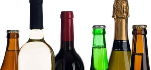 U Karlobagu iz kuće otuđio više boca alkoholnog pića