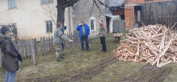 Dva branitelja dočekala kraj zime bez – klipe drveta!