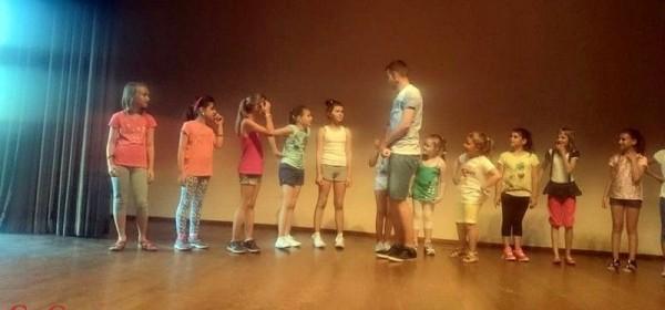 Dječje ljeto - Pjesme i plesovi Gacke i Like u GPOU-u Otočac