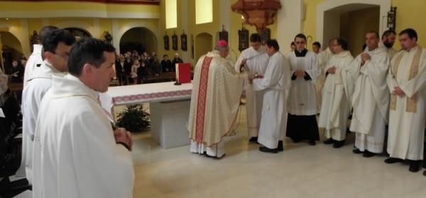 Misa posvete ulja u gospićkoj katedrali
