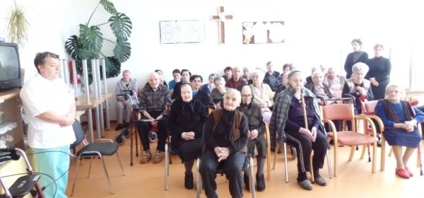 Sveta Misa i ispovijed u Domu za starije i nemoćne u Otočcu