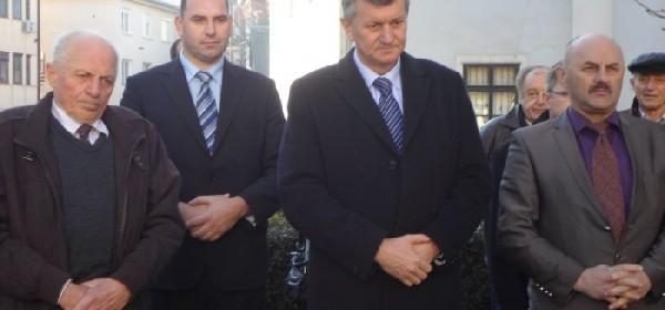 Kujundžić iz Gospića: Josipovićev mandat je prevara