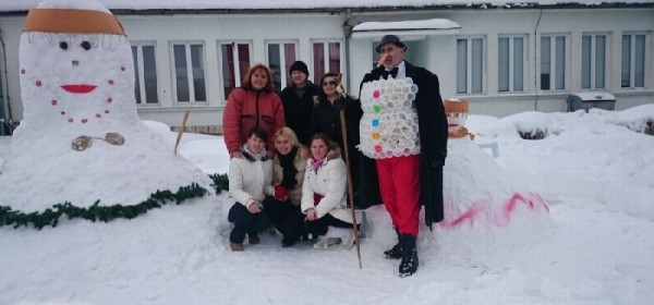 Snjegovićka od Japoda u muzejskom dvorištu