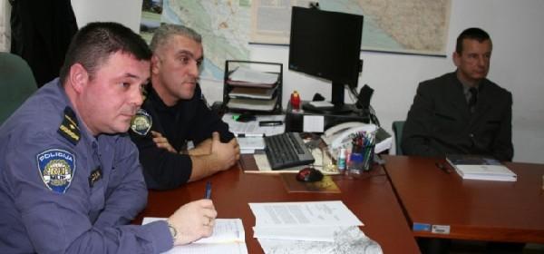 """U Karlobagu održan radni sastanak u sklopu projekta """"Siguran lov"""""""