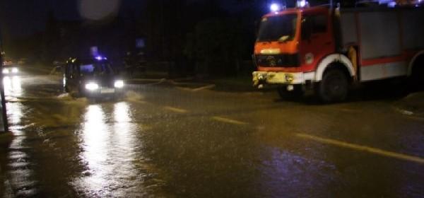 U Otočcu stanje s poplavama vrlo ozbiljno