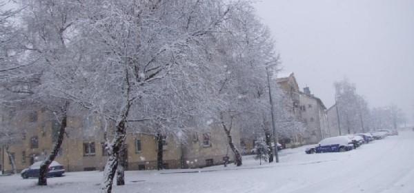 U Otočcu nove pahulje snijega