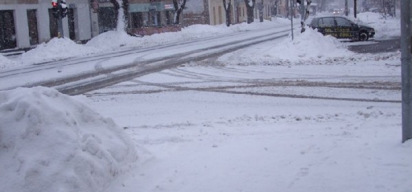 Ponovno pada gusti snijeg u Otočcu