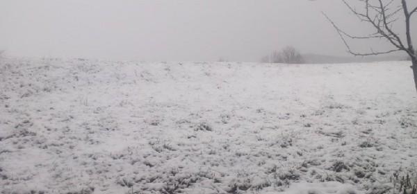 Noćas palo 2 cm novog snijega u Otočcu