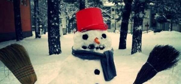 Ima, ima i školskih snjegovića!