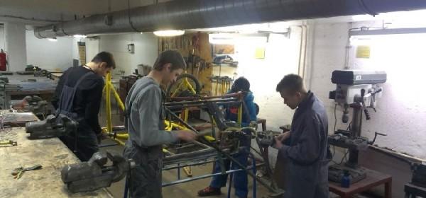 Gospić: Učenici stvaraju solarni električni automobil