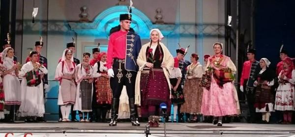 Ivana Vašarević - druga pratilja najljepše Hrvatice na 52. Brodskom kolu