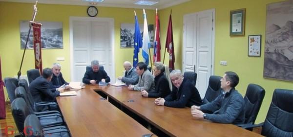 Dogovor gradonačelnika s predstojnikom državne uprave oko obnove zgrade u Ul. k. Zvonimira 8