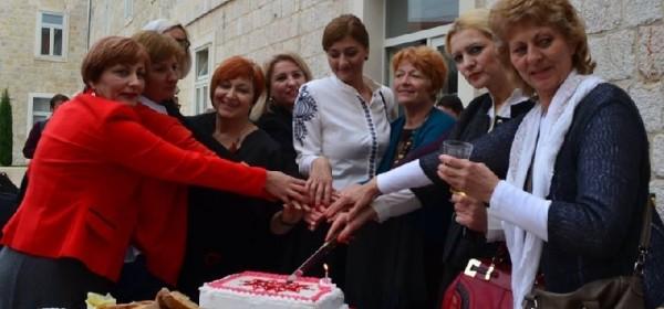 Čestitka Klastera žena poduzetnica RH Kolo