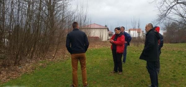 Započele pripremne radnje na budućem Urbanom permakulturnom vrtu u Gospiću