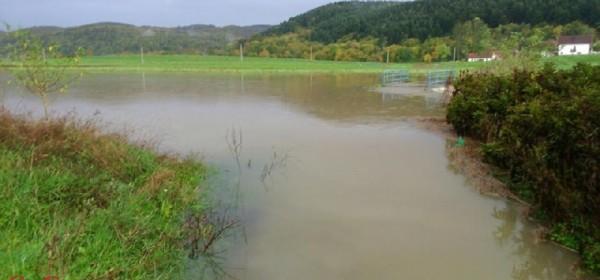 Voda u Stajnici, Jezeranima, Križpolju i dio Brinja nije za piće