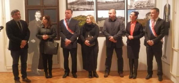 """Župan i pročelnik Zmajskog stola u Gospiću Milan Kolić otvorio izložbu """"Stoljeće nakon Laszowskog"""""""