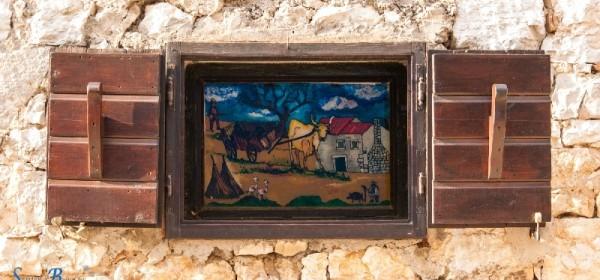 Izložba fotografija i izložba lutaka u Gradskoj knjižnici Senj
