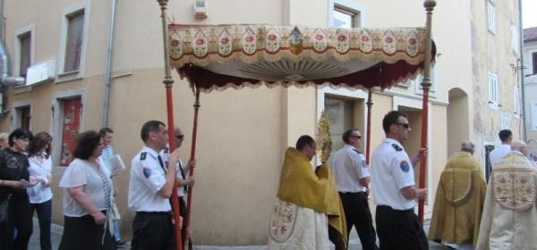 Na Tijelovo biskupi Križić i Bogović u Senju