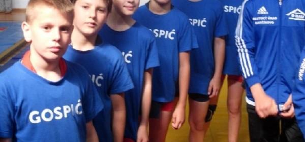 Članovi hrvačkog kluba Gospić na Međunarodnom turniru u Bistri