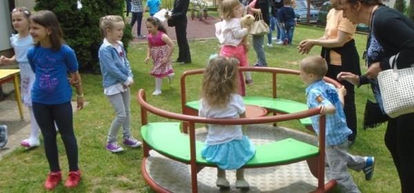 Natječaj za upis djece u DV Tratinčica Brinje