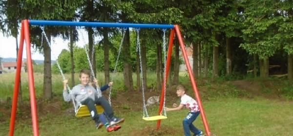 Svečano otvoreno novouređeno dječje igralište u Križpolju