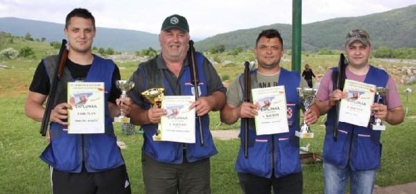 Milenko Kovačić pobjednik na turnir u gađanju letećih meta na Runjavici