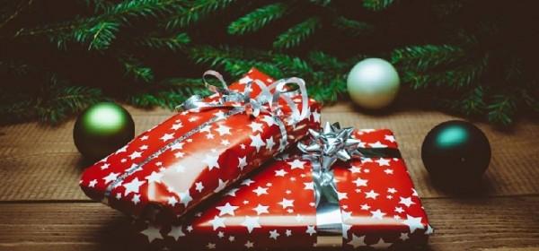 Humanitarni božićni sajam u Novalji