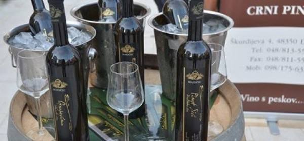 Drugi međunarodni festival vina i hrane WINE FASHION SHOW u Novalji