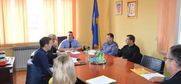 Održane sjednice Vijeća za prevenciju u općinama Donji Lapac i Plitvička Jezera