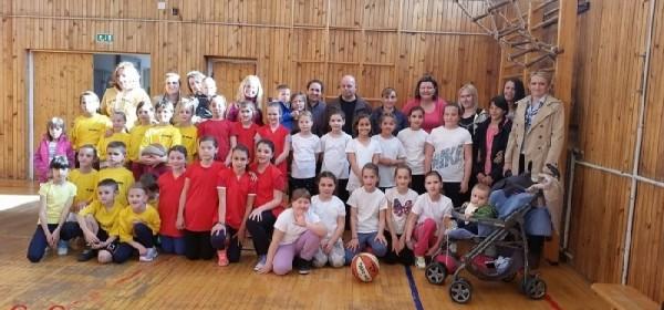 Najmlađe košarkašice odigrale svoj prvi turnir