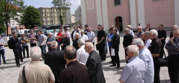 Na svećeničkom danu 80 svećenika u Otočcu