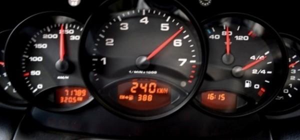 Dvije prometne, 89 brzih vožnji, alkohol ...