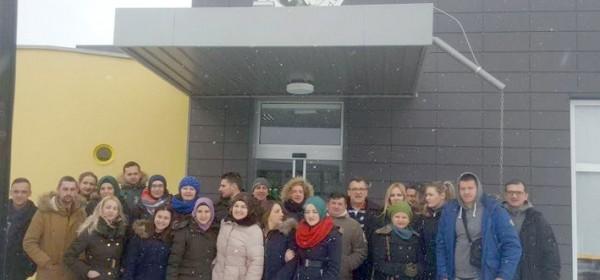 Sarajevski studenti u Otočcu - za njih nema zime