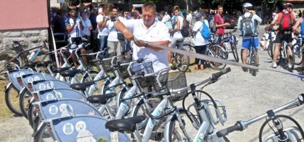 Brinje uvelo javne bicikle