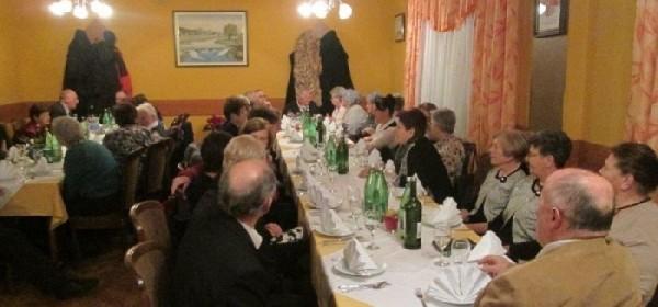 Članovi Matice umirovljenika svečano priredili Božićni domjenak