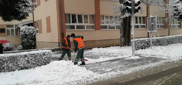 Prvi ovogodišnji snijeg u Gackoj