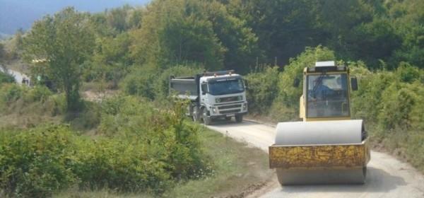 Asfaltiranje cesta u Žižići i Drenovcu