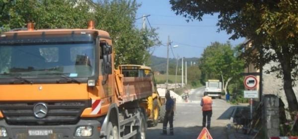 Radovi cestovne odvodnje u Lovačkoj ulici - Brinje