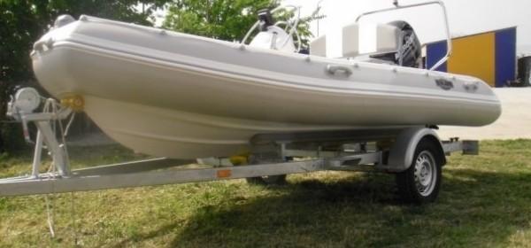 Otuđen gumenci čamac u Krivom Putu